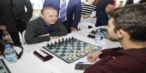Akdeniz Üniversitesi Satranç Turnuvası'nda şampiyonlar belli oldu