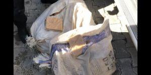 Park halindeki kamyonetten 51 kilo eroin çıktı