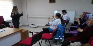 Hastane Çalışanlarına Türk İşaret Dili Eğitimi
