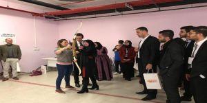 Filistinli Gençler Batıkent Gençlik Merkezi'ni Ziyaret Etti