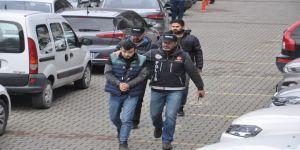 Gençlere Uyuşturucu Satarken Yakalandı: 1 Gözaltı