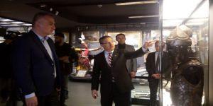 Bakan Ersoy'dan İstanbul Havalimanı'na Açılacak Müze İle İlgili Açıklama