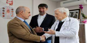 Başkan Akgün, Sağlık Çalışanlarının Tıp Bayramını Kutladı