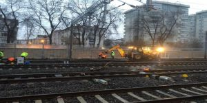 Başkent'te Raydan Çıkan Akaryakıt Treni Raylara Oturtularak Olay Yerinden Uzaklaştırıldı
