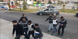 Karaman'da Bıçaklama Olayına Karışan 2 Şahsa Tutuklama