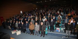 "Aiçü'de ""Milletin Sesi Mehmet Akif Ersoy Ve İstiklal Marşımız"" Konferansı"