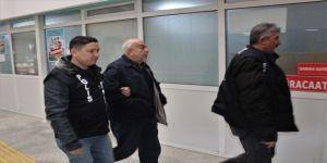 Saygı Görmek İçin Kendisini Emekli Vali Olarak Tanıtan Şahıs Gözaltına Alındı