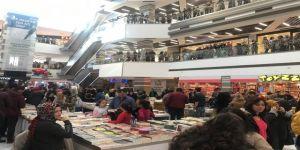 Kaysermall Outlet'de Sevilen Kitaplar Okuyucularıyla Buluşuyor