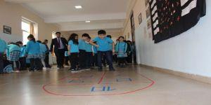 Tika'dan Azerbaycan Türkiye Müşterek Halk Oyunları Ve Gelenekleri Paneli