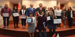 Esogü'ün 12. Beyin Bilgi Yarışması Ödül Töreni