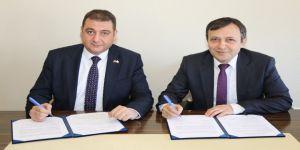 Erü İle Kızılay Arasında Yös Hazırlık Kursu Protokolü İmzaladı