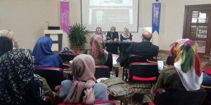 İlahiyat Öğrencilerinden Zeynep Gazali Söyleşisi