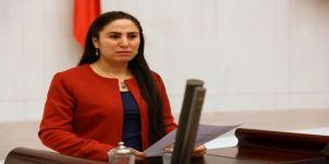 Hdp'li Ayşe Sürücü'ye 1 Yıl 8 Ay Hapis Cezası