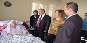 Bin 136 Kişi Evde Sağlık Hizmeti Alıyor