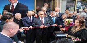 Bakan Turhan, Tonya'da Ak Parti Seçim İrtibat Bürosu'nun Açılışına Katıldı