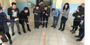 Yüksekova'daki Öğretmenlere Yönelik Atölye Çalışması