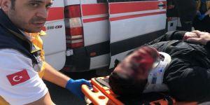 Ticari Araca Çarpan Motosiklet Sürücüsü Hastanede Öldü