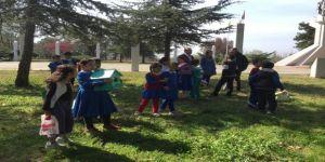 Trakya Üniversitesinin Karaağaç Yerleşkesi'ne Kuş Evleri Yerleştirildi