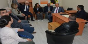 Başkan Özakcan'dan Otizm Derneği'ne Ziyaret