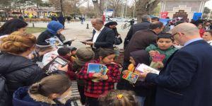 Barış Manço Park'ında 'Kitap Okuma' Etkinliği Düzenlendi