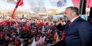 İçişleri Bakanı Soylu'ya Yenikent'te Coşkulu Karşılama