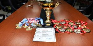 Şampiyon Sporculardan Vali Taşbilek'e Ziyaret
