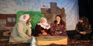 Küçük Sahne Tiyatrosu Atatürk İlkokulunda Yaşayacak