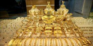 Gram altın 233 lira seviyelerinde
