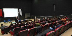 Adıyaman Üniversitesinde 'Müzik' Konferansı Verildi