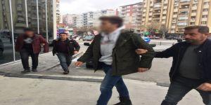 Başörtülü Öğrencilere Ve Cumhurbaşkanı Hakaret Eden 2 Şahıs Serbest Bırakıldı