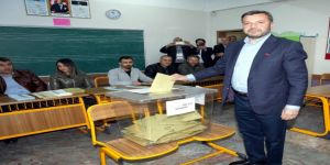 Fatih Mehmet Kocaispir, Eşiyle Oy Kullandı