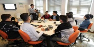 Öğrencilerden Dijital Kütüphane'ye Yoğun İlgi