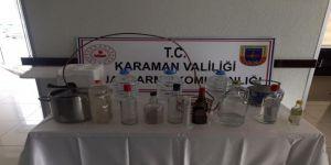 Jandarmadan Kaçak Alkol Operasyonu: 2 Gözaltı