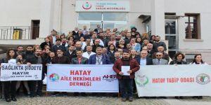 """Hatay'da """"Sağlıkta Şiddet"""" Protestosu"""