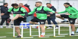 Atiker Konyaspor, M.başakşehir Hazırlıklarına Devam Ediyor