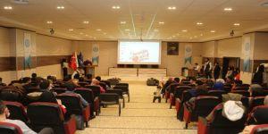 """Beü'de """"Etkili İletişim, Hitabet Ve Mülakat Teknikleri"""" Konferansı"""