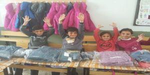 Mutki'de 10 Bin Öğrenciye Giyim Yardımı