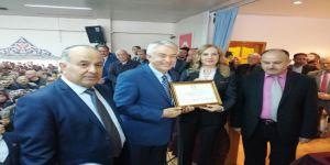 Isparta Belediye Başkanı Şükrü Başdeğirmen Mazbatasını Aldı