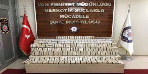 Van'da Koliler İçerisinde 62 Kilo Eroin Ele Geçirildi