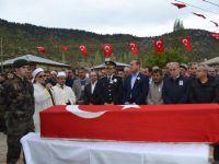 Canlı Bomba Saldırısında Şehit Düşen Polise Son Görev