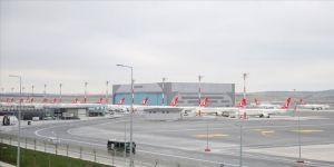 Taşınma Operasyonunun Ardından İstanbul Havalimanı'ndan İlk Tarifeli Uçak, Ankara'ya Gitmek Üzere Pistten Havalandı.