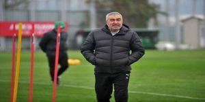 Bursaspor, Samet Aybaba ile yollarını ayırdı