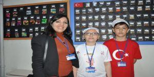 Afyonkarahisar'da '4006 Tübitak Bilim Fuarı' Açıldı