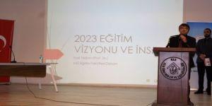 2023 Vizyonu Ve İnsan Konulu Konferans Verdi