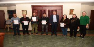 'Ölü Mahmut' öldü tapular dağıtılıyor