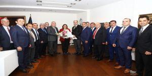 Şoförler, Başkan Çerçioğlu'nu Makamında Ziyaret Etti