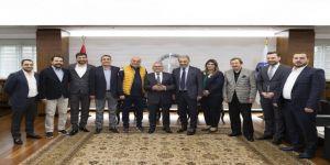 Kayserispor Yönetimi, Başkan Büyükkılıç'a Hayırlı Olsun Ziyaretinde Bulundu