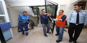 Serdar Sandal Belediyenin Kapılarını Halka Açtı