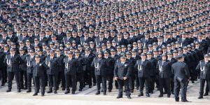 Emniyet Teşkilatı 174. Yılında Ata'nın Huzurunda