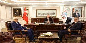 """Başkan Dr. Mustafa Palancıoğlu: """"Kayseri Şeker Kayseri'nin Değil İç Anadolu'nun Ekonomisine Katkı Sağlıyor"""""""
